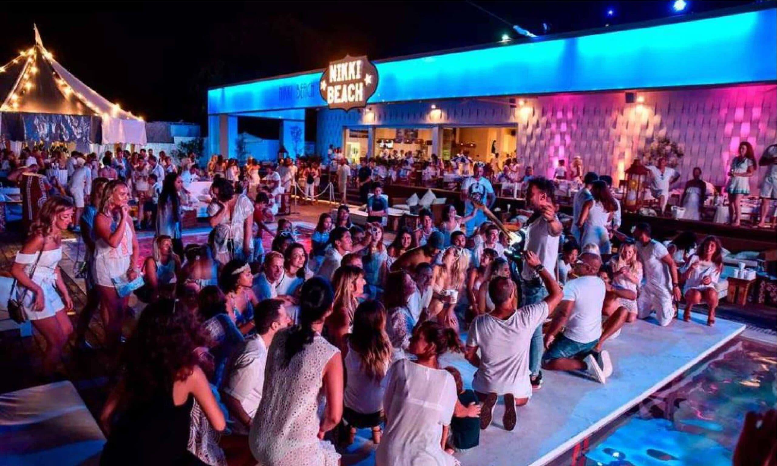 Nikki Beach Ibiza instalación lujo Mallorca
